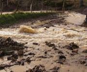 INONDATIONS: Le circuit de Concoret sous les eaux
