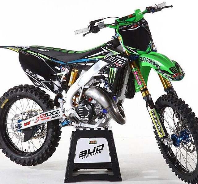 moto du jour 125 kx bud racing mx bretagne. Black Bedroom Furniture Sets. Home Design Ideas