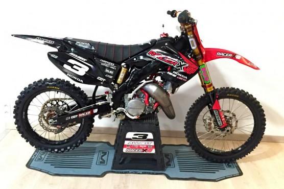 MOTO DU JOUR: 125 CR «Racer X Shop»