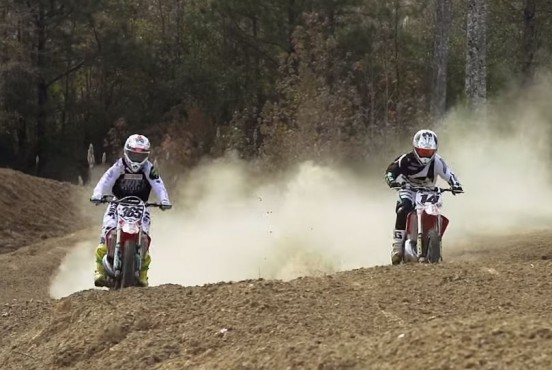 VIDEO: Kevin Windham CR250 – Brett Cue CR500