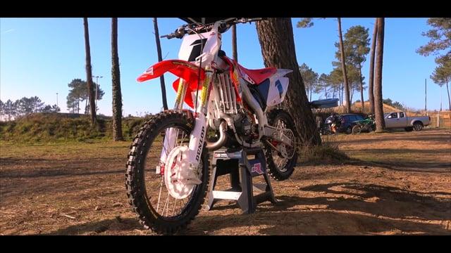 MOTO DU JOUR: 125 CR «4MX Parts»