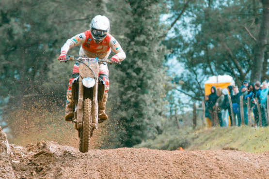 NATIONAL MX1 2019: Annelot champion à Brou